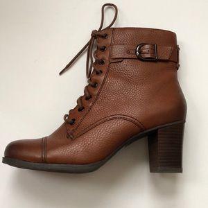 Clark's Jolissa Gypsum' Boot EUC